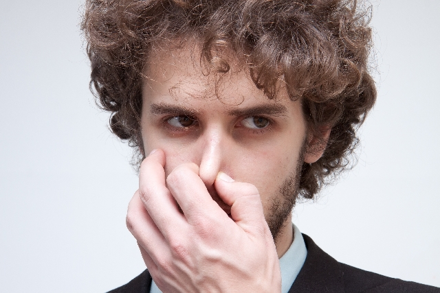 頭皮 の匂いの恐怖 臭いと言われなくなる5つの手法