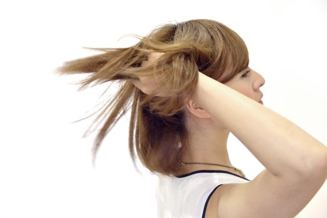 [クオタニウム-18]柔軟剤にも使える低刺激なヘアコンディショニング成分