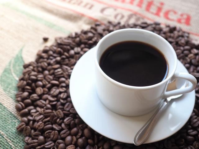 [カフェイン]コーヒーの主成分は、皮膚コンディショニングとしての成分