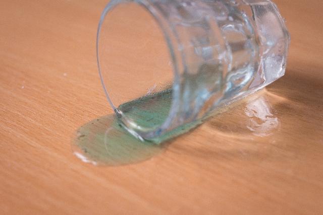 [ケイ酸Na]コンクリートの強度アップに使用される水ガラスは、泡立ちを良くするキレート剤で使用されている。
