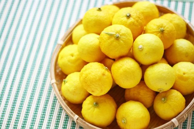 [ユズ油]冬至の時に入る柚子湯で使うユズは、頭皮環境改善成分だった。
