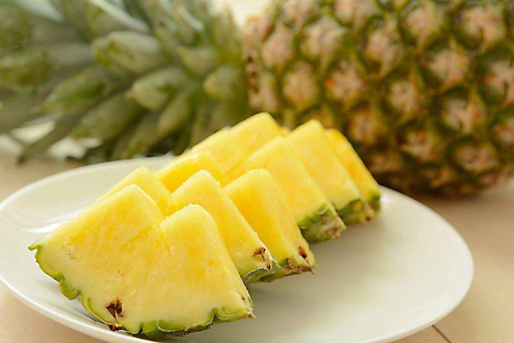 [パイナップル果実エキス]南国の果物から抽出されたセラミド産生成分